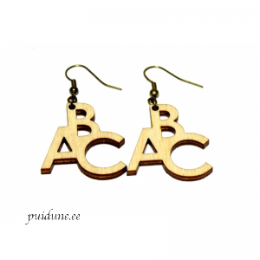 Puidust kõrvarõngad ABC.png