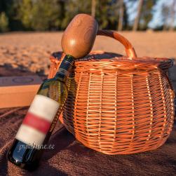 Tammepuidust veinipokaal