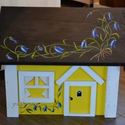 Postkast Maja (sinikellukestega)