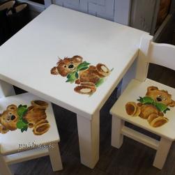 Lastelaud+2 tooli (karumõmmiga)