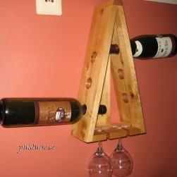 Veinipudelihoidja seinale