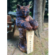 Puidust skulptuur Karu.png