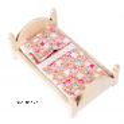 Puidust voodi Barbiele.png